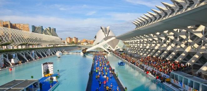 L'arrivée spectaculaire du Marathon de Valence - crédit photo : MyNextRun Blog