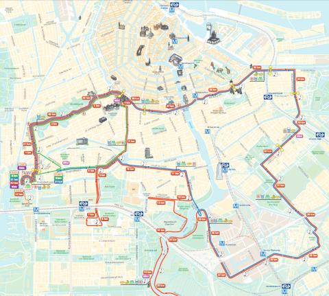 Un parcours (bleu pour le semi) assez loin des attractions de la ville