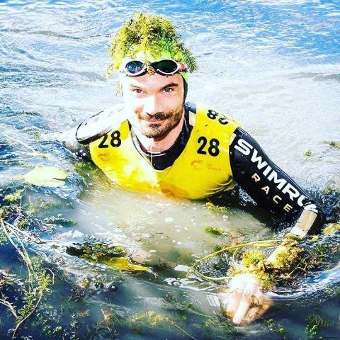 Un concurrent de l'Amphiman recouvert d'algues vertes